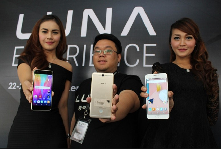 launching smartphone luna indonesia
